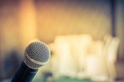 mikrofon_420